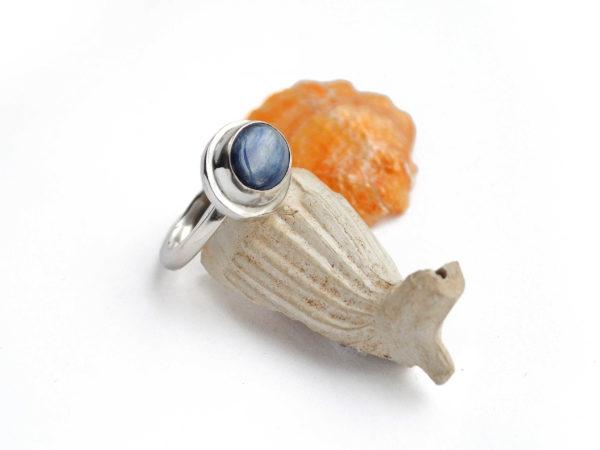Kyanite ring in sterling silver