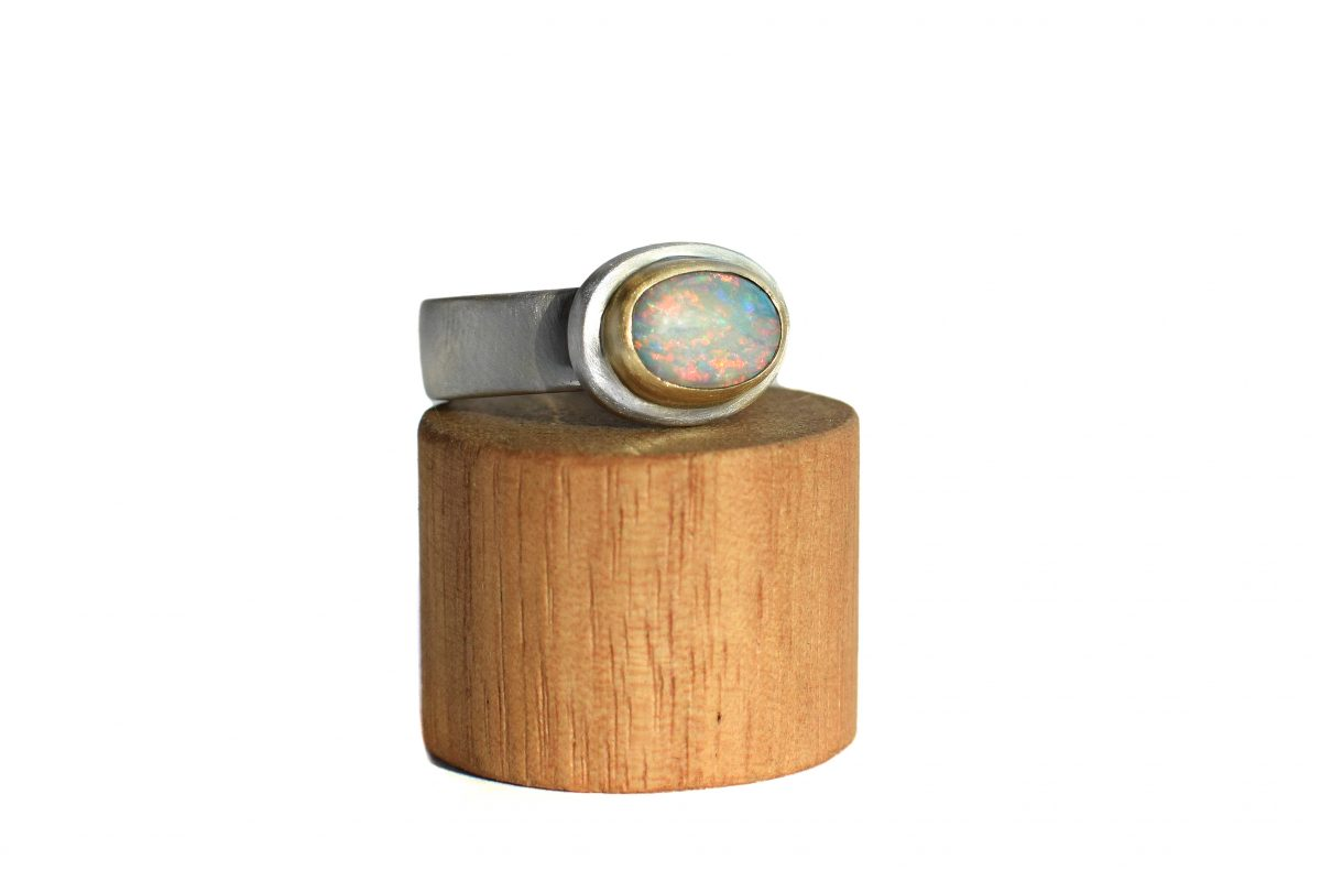Opal sterling silver and 9ct gold ring